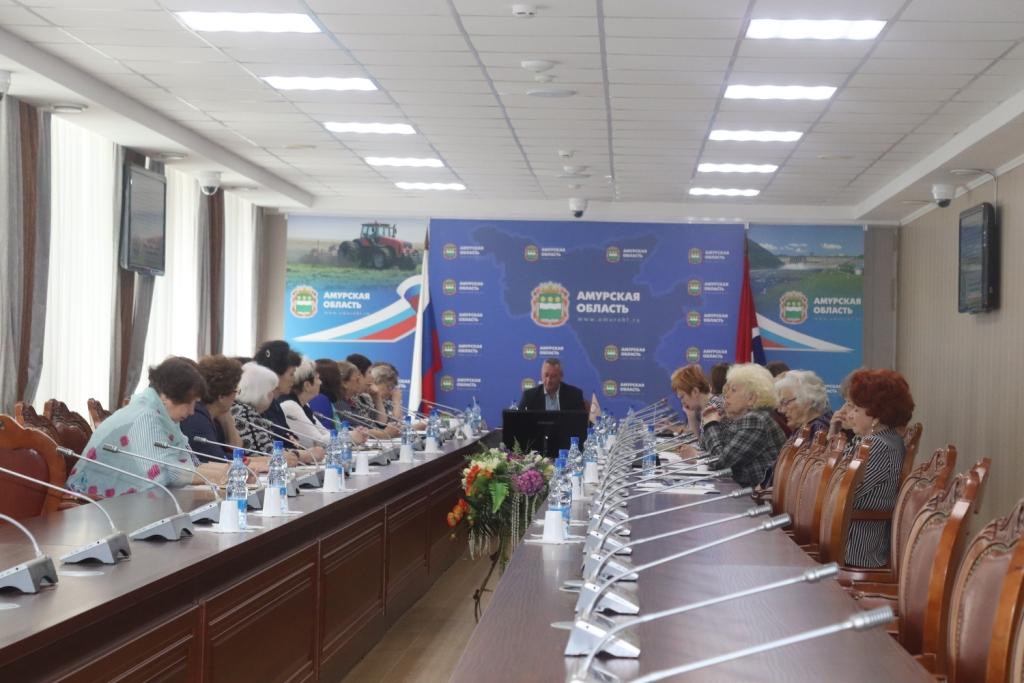 О реализации Программы повышения качества жизни граждан старшего поколения Амурской области за 2014-2018 годы