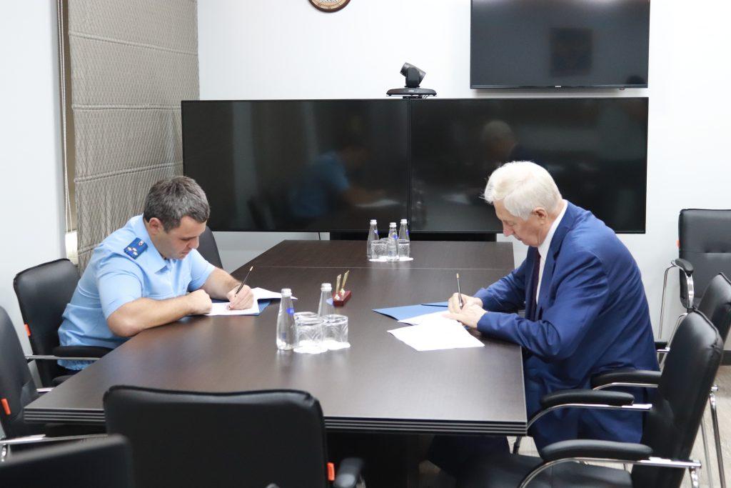 Председатель Общественной палаты Амурской области и прокурор Амурской области заключили Соглашение о сотрудничестве